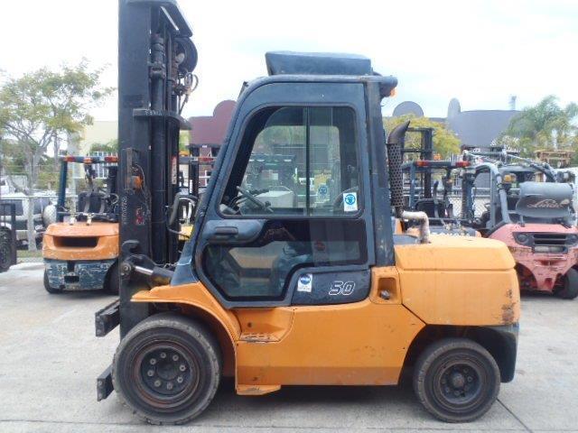 F3312: 2010 Toyota 02-7FDA50 // Automatic Diesel