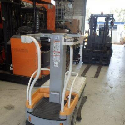 F3718: 2012 Crown Wave – Good Condition Machine & Ready To Work