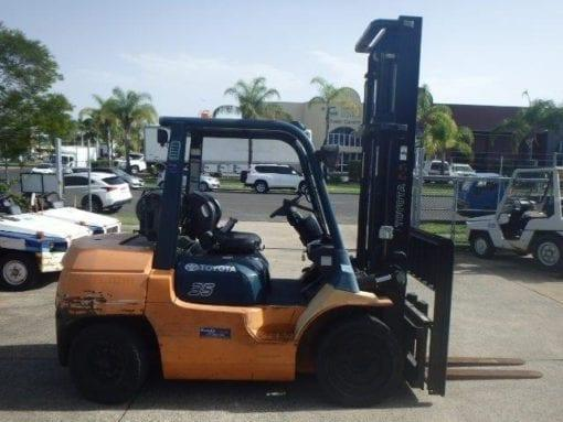 F3131: 2009 Toyota 3.5 Ton Forklift