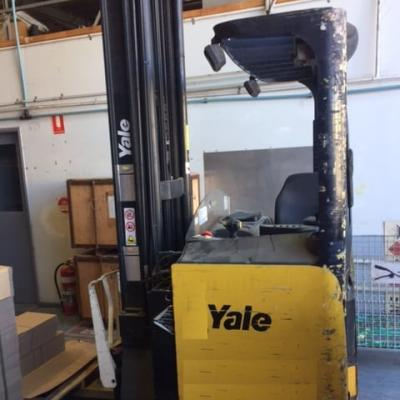 F3587: 2005 Yale Mr14H Electric Reach Truck Auto
